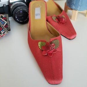 DKNY City Red Fabric Kitten Heel Mules Size 7M